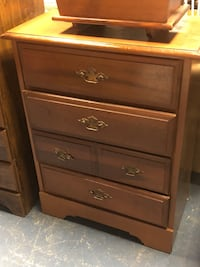 brown wooden 4-drawer chest Bunker Hill, 25413