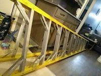 yellow and gray metal ladder Longueuil, J4M 1W2