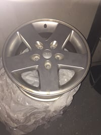 Five spoke chrome jeep car wheel