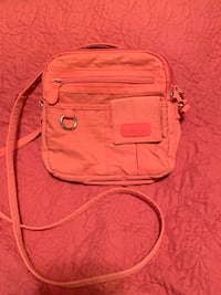 Coral cross body purse  O'Fallon, 63366
