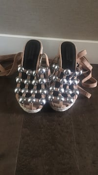 Alexander Wang pair of silver colored and brown heeled sandals 3750 km