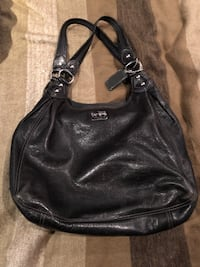 Coach black leather purse  Burnaby, V5G 3X3