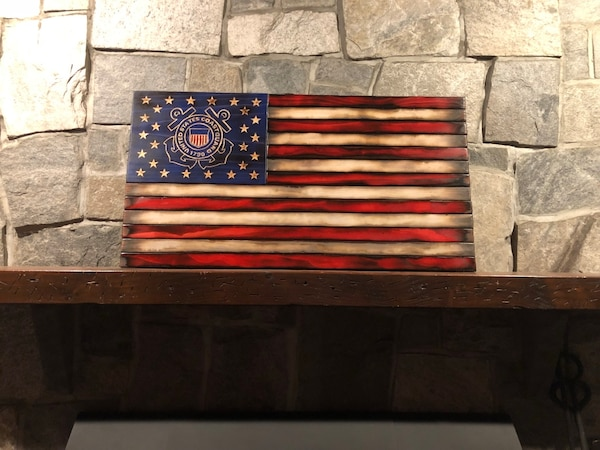 Customizable Wooden American Flags f03a551f-3e6b-4ca3-8600-561437bb2426