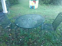 Metal patio set Knoxville, 37917