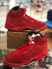 Red suede 5s size 10 Silver Spring, 20902