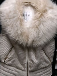 Small Guess sleeveless faux fur coat