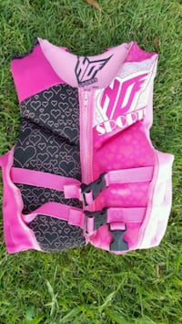 Pink childs life vest Long Beach, 90808