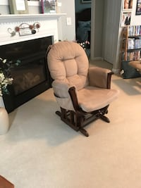 Nursery Glider/Rocker Cary, 27513