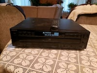 Sony 5 Disc CD player with remote
