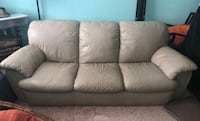 Beige leather couch Ontario, 91764