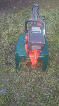 red and black ride on mower Beaumont, 77706