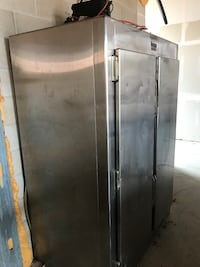 Stainless steal refrigerator Northville, 48167