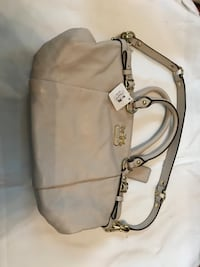 Coach Purse - Never been used Greensboro, 27401