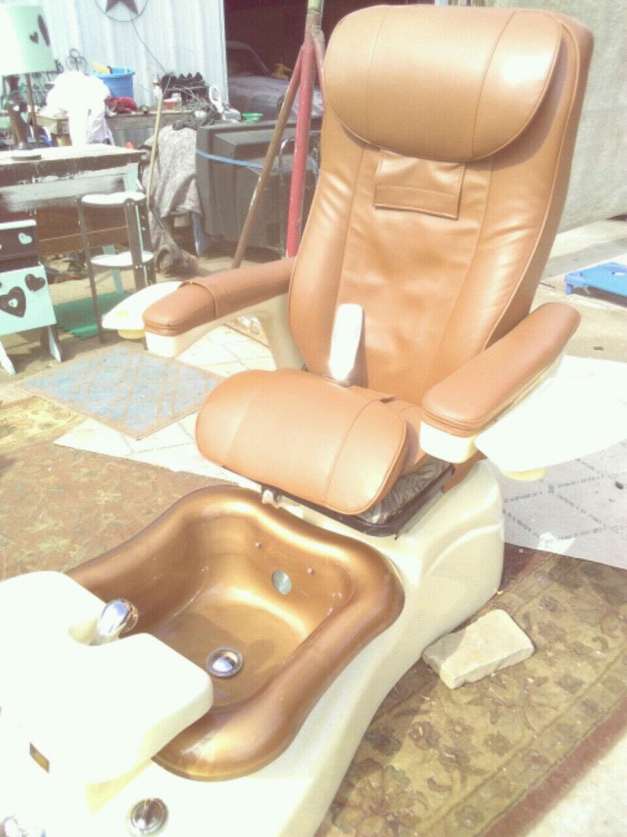 Used Massage Pedicure Chair Great Cond.everything Works For Sale In  Oklahoma City   Letgo