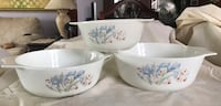 Pyrex dishes set of 3. Mint condition. Made in England. Selling as set Toronto, M8Y 1N7