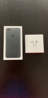 iPhone 7 Plus case and EarPods cases