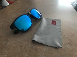 Ray bans blue tint with travel case men's