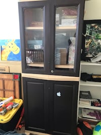 Plastic Wardrobe easily movable and can be dismantled