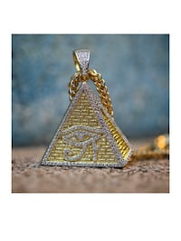 "14K Gold Finish Eye Of Horus Pyramid W/ 22"" Franco Chain . Henderson, 89015"