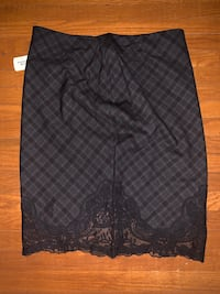 f21 pencil skirt - large BNWT Hamilton, L8P 4P3