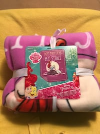 Disney's Princess No Sew Fleece Throw Kit Sioux Falls, 57104