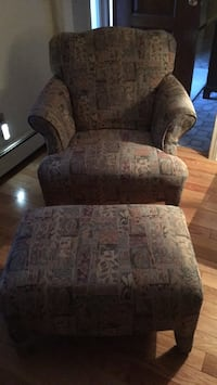 Beige green and rust chair and ottoman Randolph, 07869