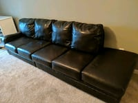 Faux leather couch in superb condition Murfreesboro, 37129