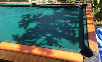 6-6.5ft Pool table price is negotiable