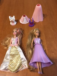 Mini barbie dolls with click on clothes Niagara Falls, L2H 1X3