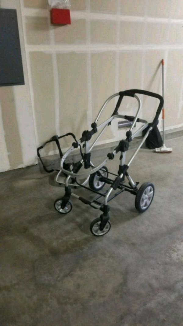 ICoo Stroller Frame W Infant Car Seat Attachment