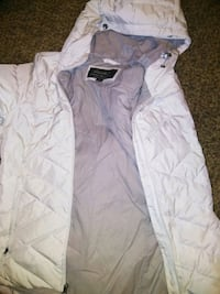 white zip-up bubble jacket Madison Heights, 48071