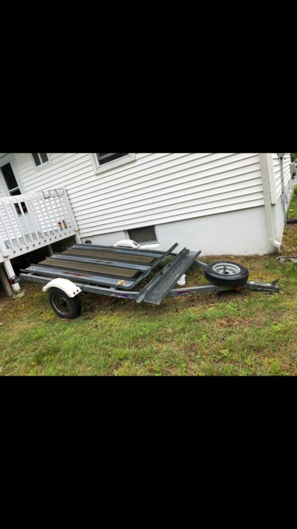 Used Load Rite 3 Rail Motorcycle Trailer For Sale In Belford Letgo