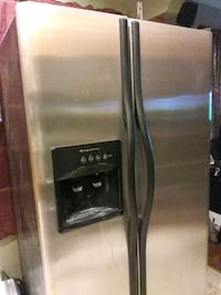 silver side-by-side refrigerator with dispenser Santa Fe Springs, 90670