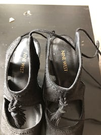 Nine West size 8 lace up heels Toronto, M5J 2T9