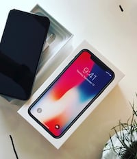 iPhone X 256 GB small cracks on front and back doesn't affect phone whatsoever Tucson