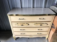 Antique dresser Chesapeake, 23325