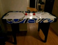 Kids air hockey table Orillia, L3V
