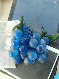 Glass grapes