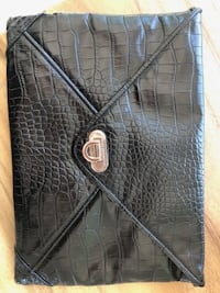 FRENCH CONNECTION Black Clutch *EXCELLENT CONDITION*