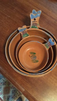 Beautiful hand crafted clay pottery bowls