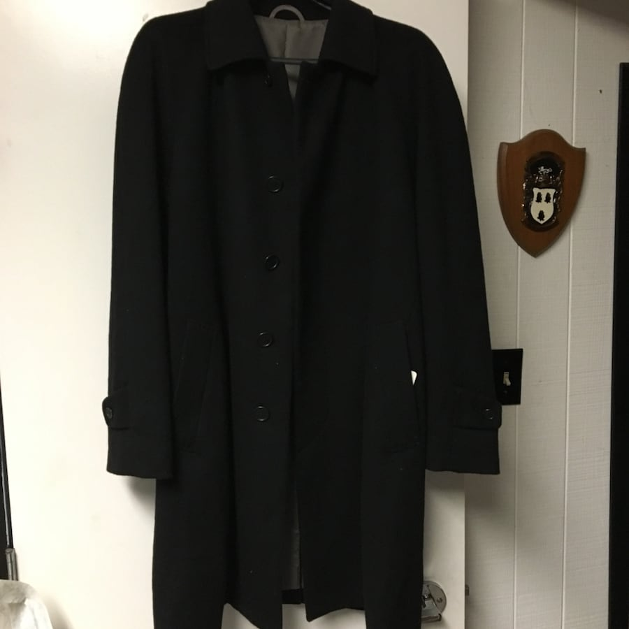 BNWT Black Cashmere men's overcoat