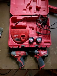 Impact and hammer drill Toronto, M2M 3N1