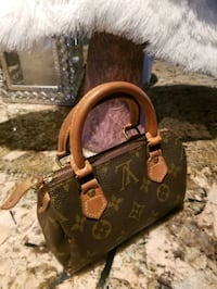 Louis Vuitton Mini Speedy bag..AUTHENTIC! Oakville, L6K 2S2