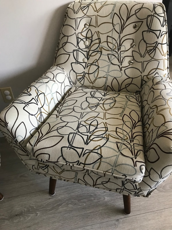 Accent chairs great condition