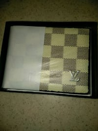 brown and white with checkers Louis Vuitton wallet Moreno Valley, 92557