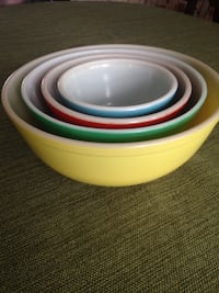 Vintage Pyrex primary color Nesting Bowl Set Catonsville, 21228