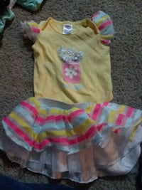 Baby girl outfit Knoxville, 37917