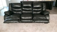 black leather 3-seat recliner sofa Gambrills, 21054