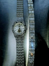 Stainless steel cubic zirconia watch and bracelet  Chicago, 60666