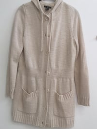 H&M sweater, size Large  Smithtown, 11787